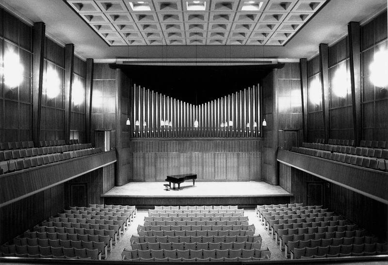 Salle de musique de La Chaux-de-Fonds, vue intérieure